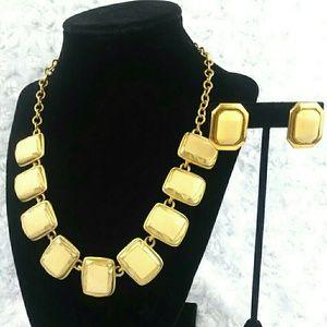 VTG Ginnie Johansen Tan & Gold Necklace & Earrings